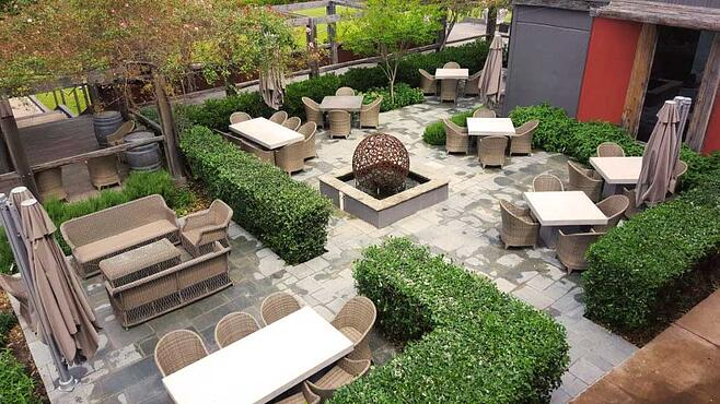 Resturant-seating.jpg