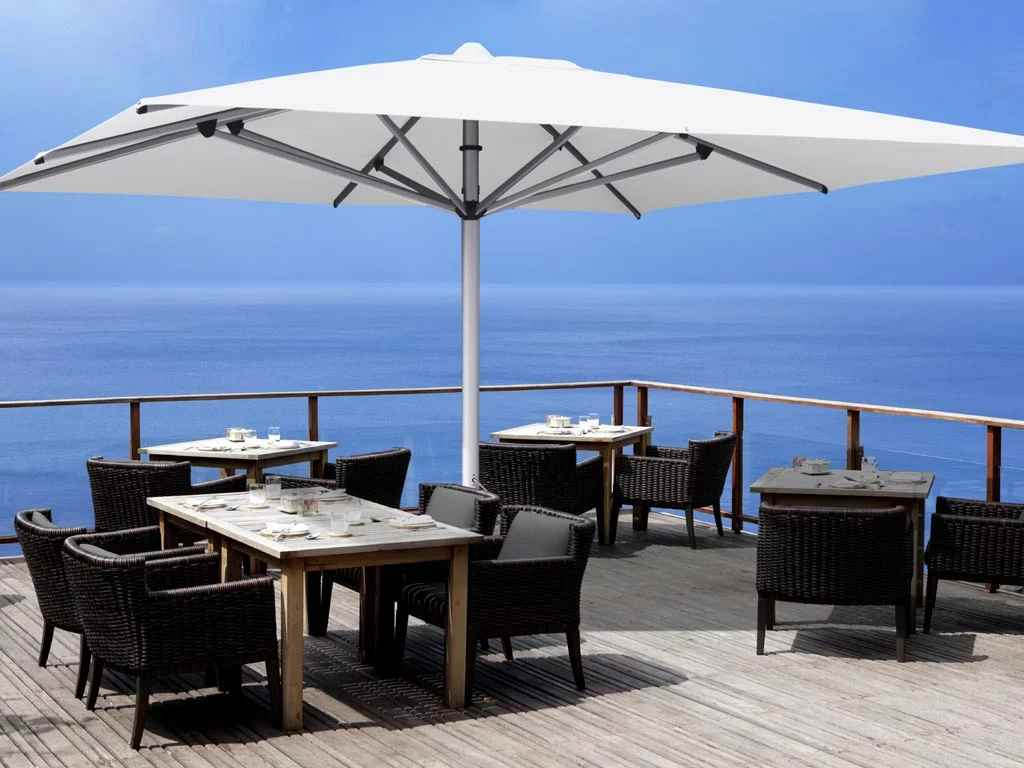Commercial-Centre-Pole-Umbrella-cafe